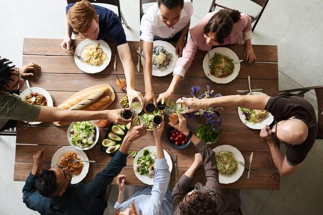 thanksgiving group dinner